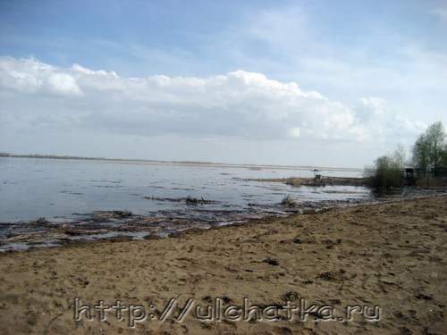 Река Волга в Саратове фото